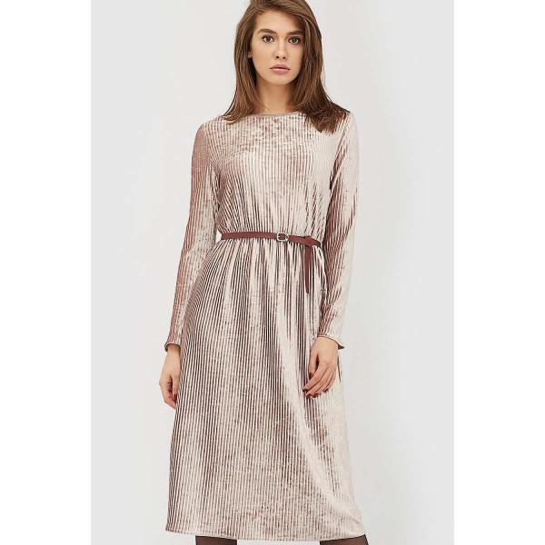 Бархатное платье с поясом пудровое