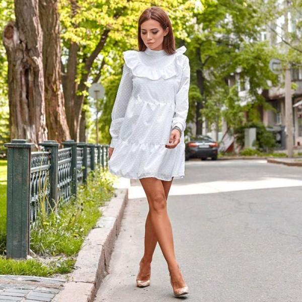204807ba42c Летнее платье с рюшами белое
