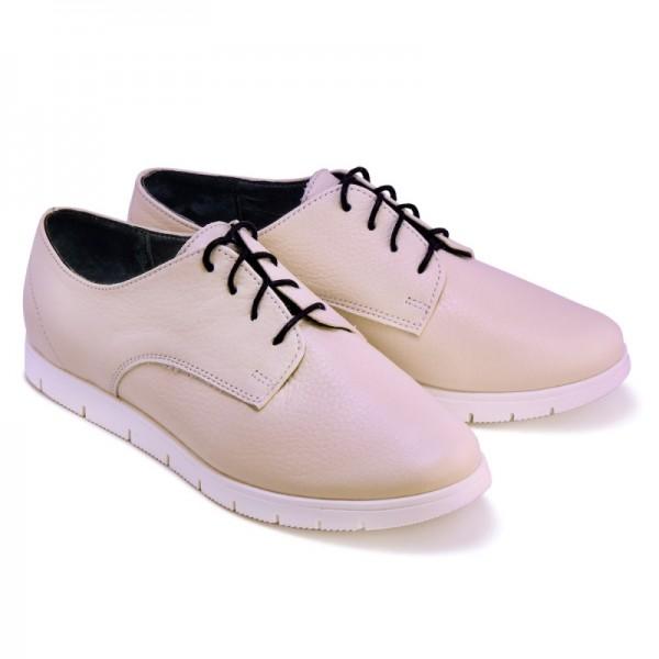 Женские спортивные туфли беж