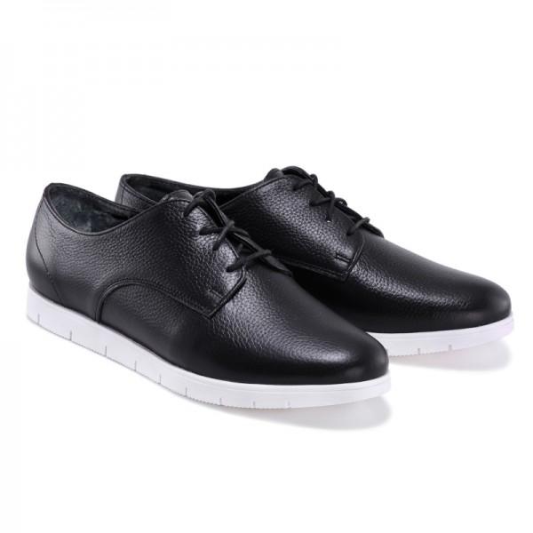 Женские спортивные туфли черные