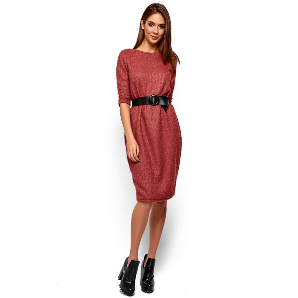 Платье из ангоры с вырезом на спине