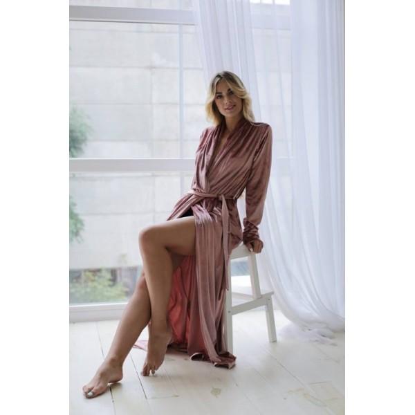 Велюровый халат розовый