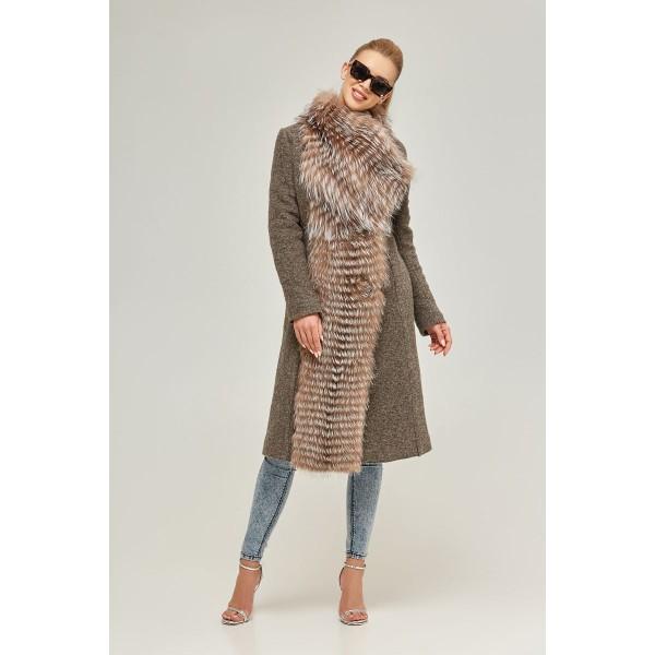220c2ef8867 Шерстяное пальто цвета капучино с чернобуркой