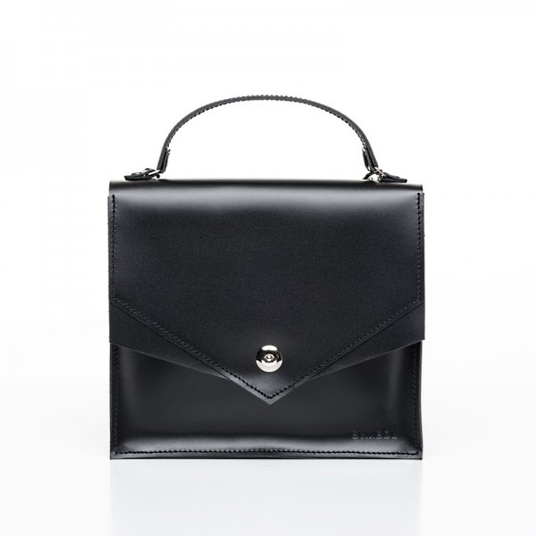 Satchel M Black