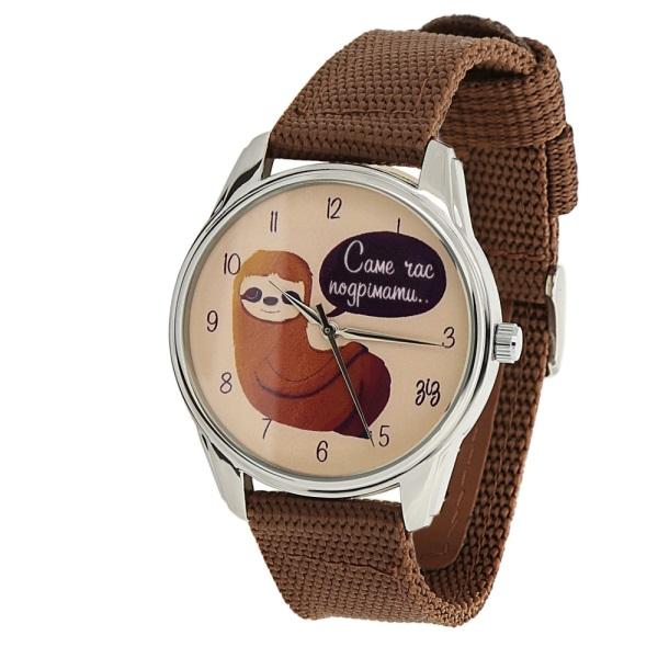 Часы Ленивец