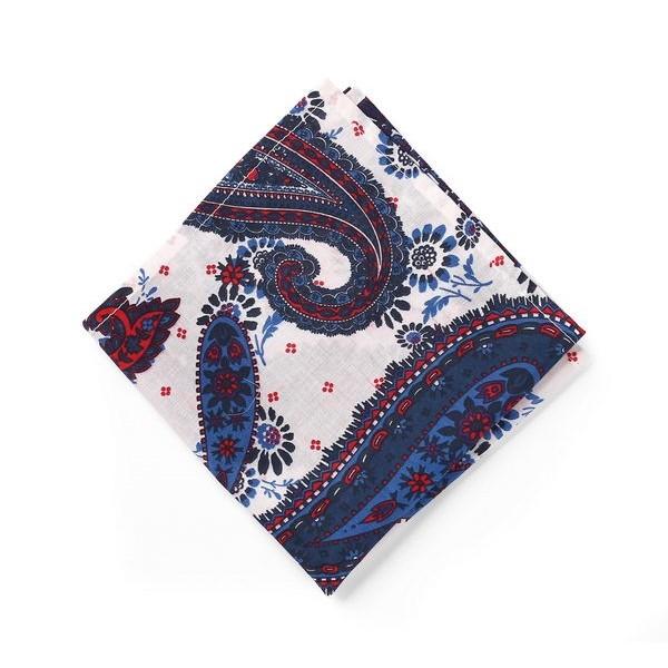 Нагрудный платок Паше белый принт турецкие огурцы
