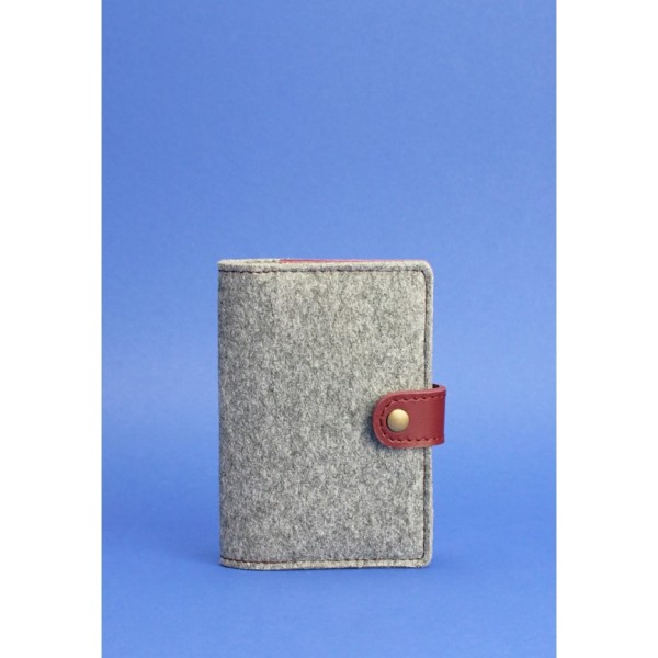 Обложка на паспорт фетровая