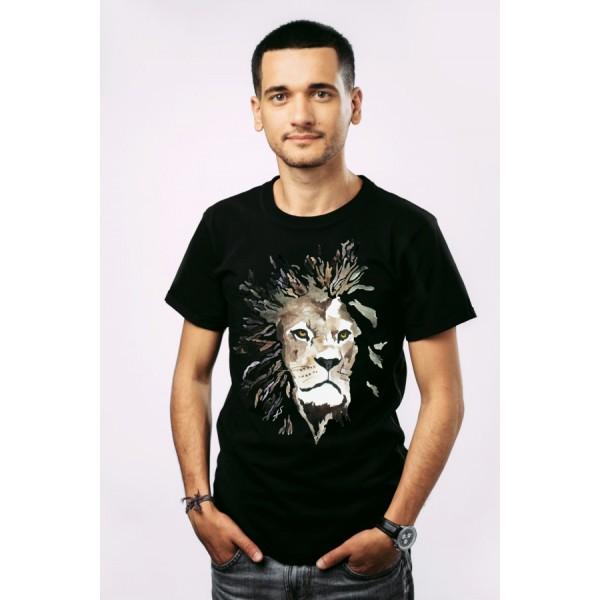 Мужская футболка Лев на черном