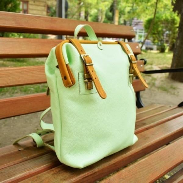 Кожаный рюкзак BBK800combi фисташка/рыжий