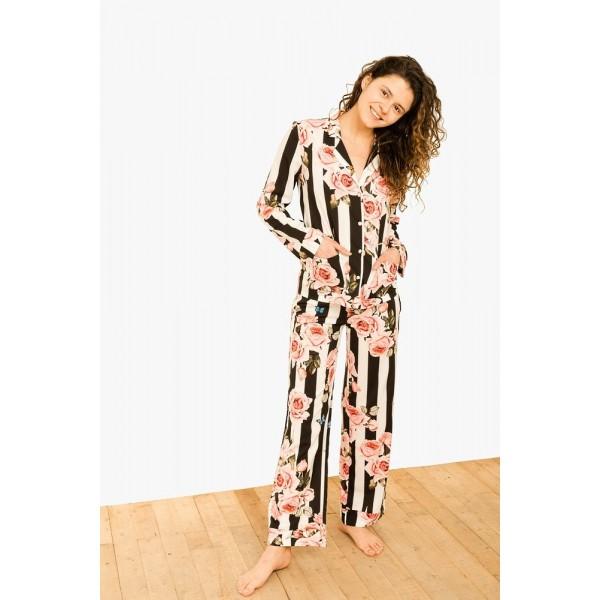 Пижама-костюм с розами