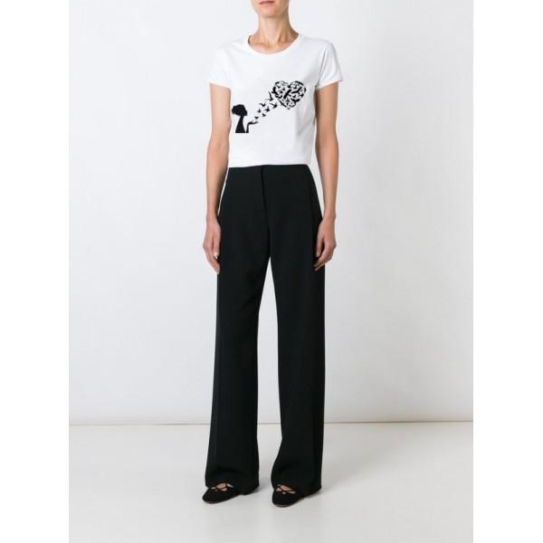Женская футболка c черно-белым принтом
