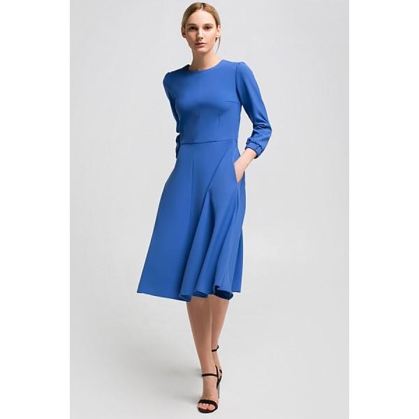 Платье длины миди голубое