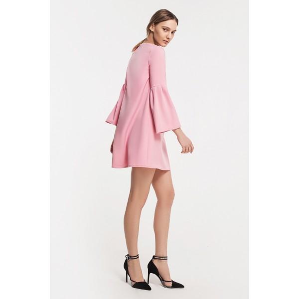 Мини платье с расширенными рукавами пинк