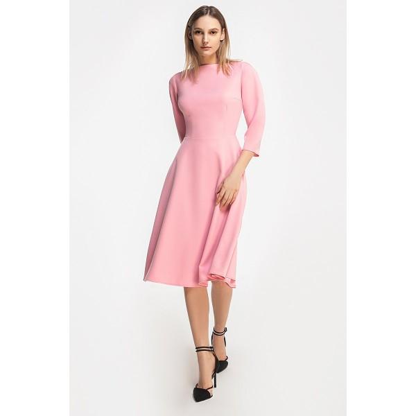 Платье c вырезом-лодочкой